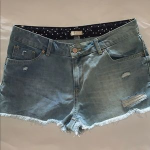 Roxy jean shorts size 30